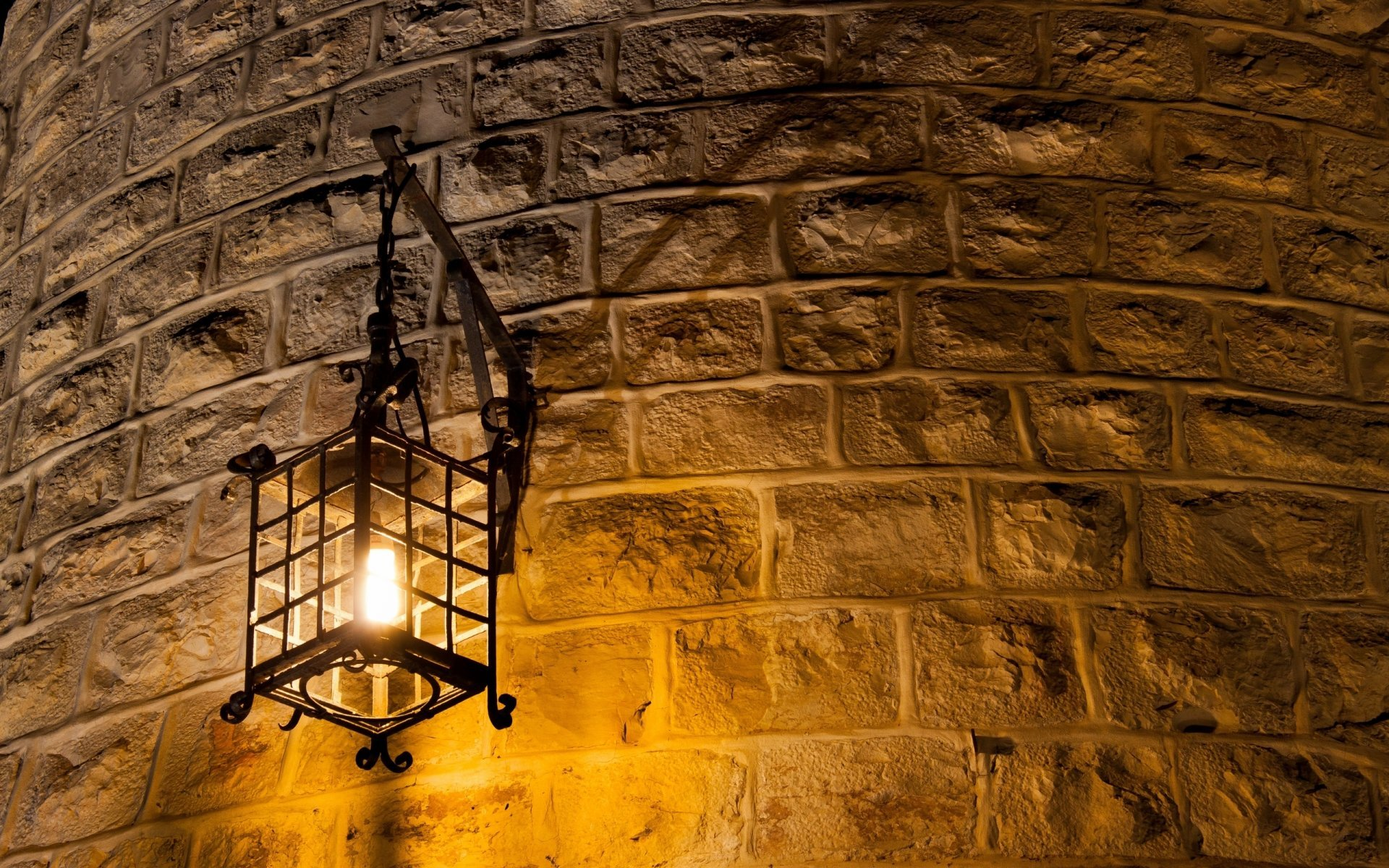 Brick wall lights 10 essential components outdoor and indoor transformation it is important that outdoor wall lighting aloadofball Image collections