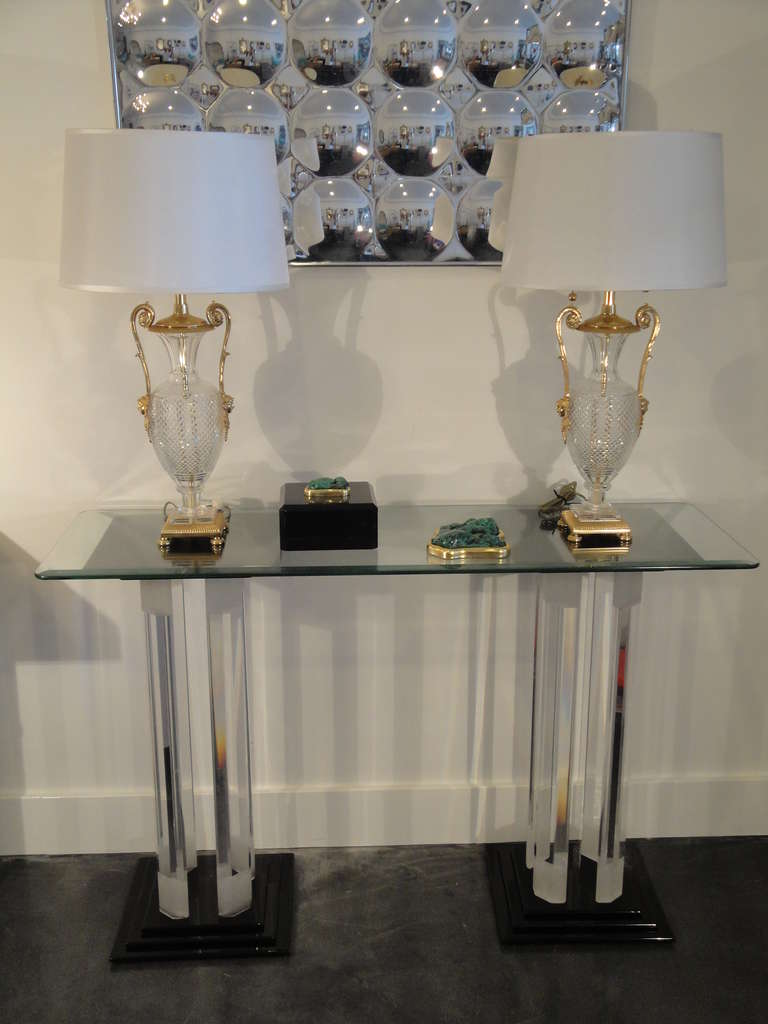 Console Table Lamps To Light Up Your Lobby Warisan Lighting
