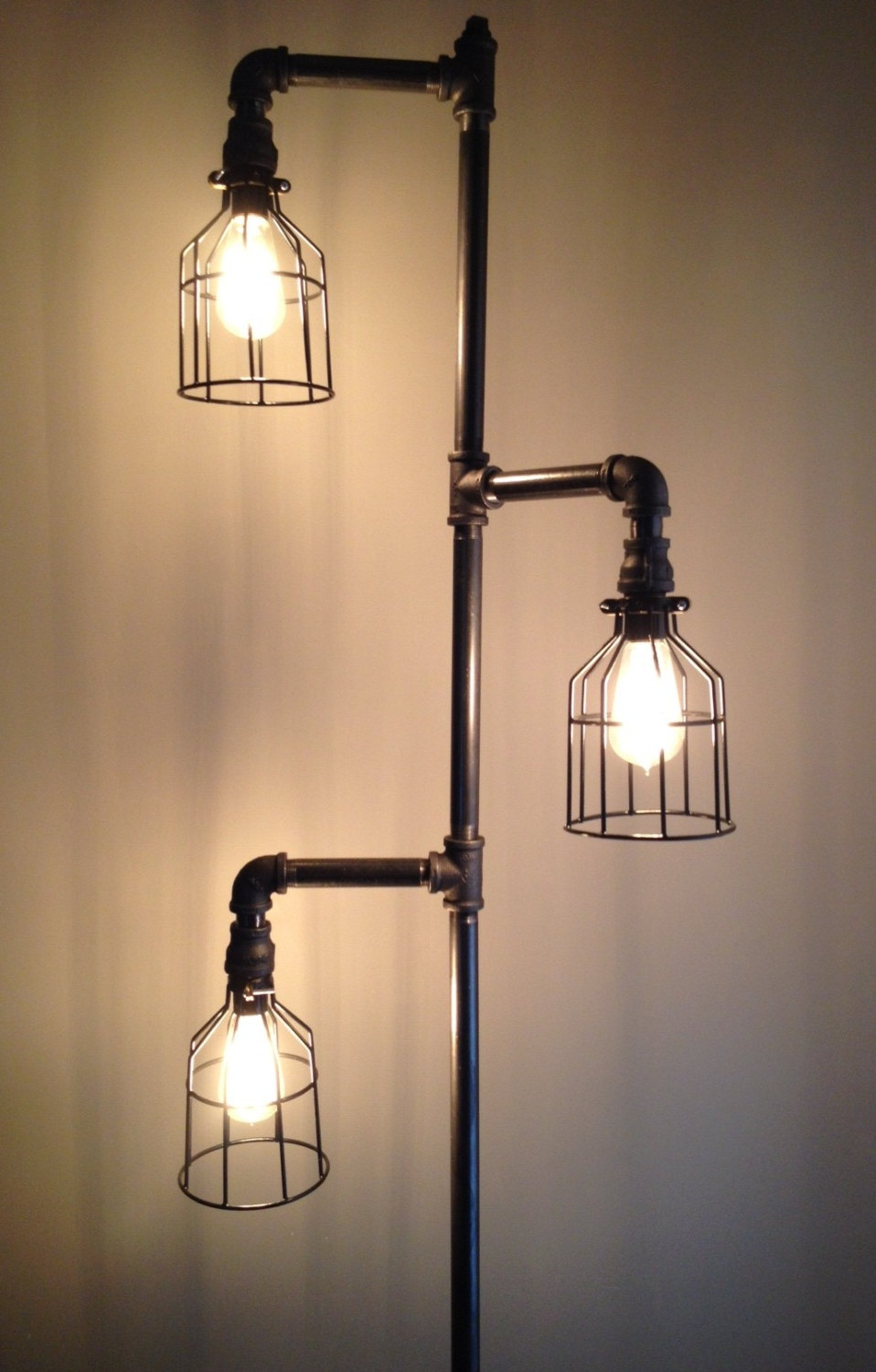 Lamps images diy lamp 40 diy lamps and lights you can make yourself how to solutioingenieria Image collections