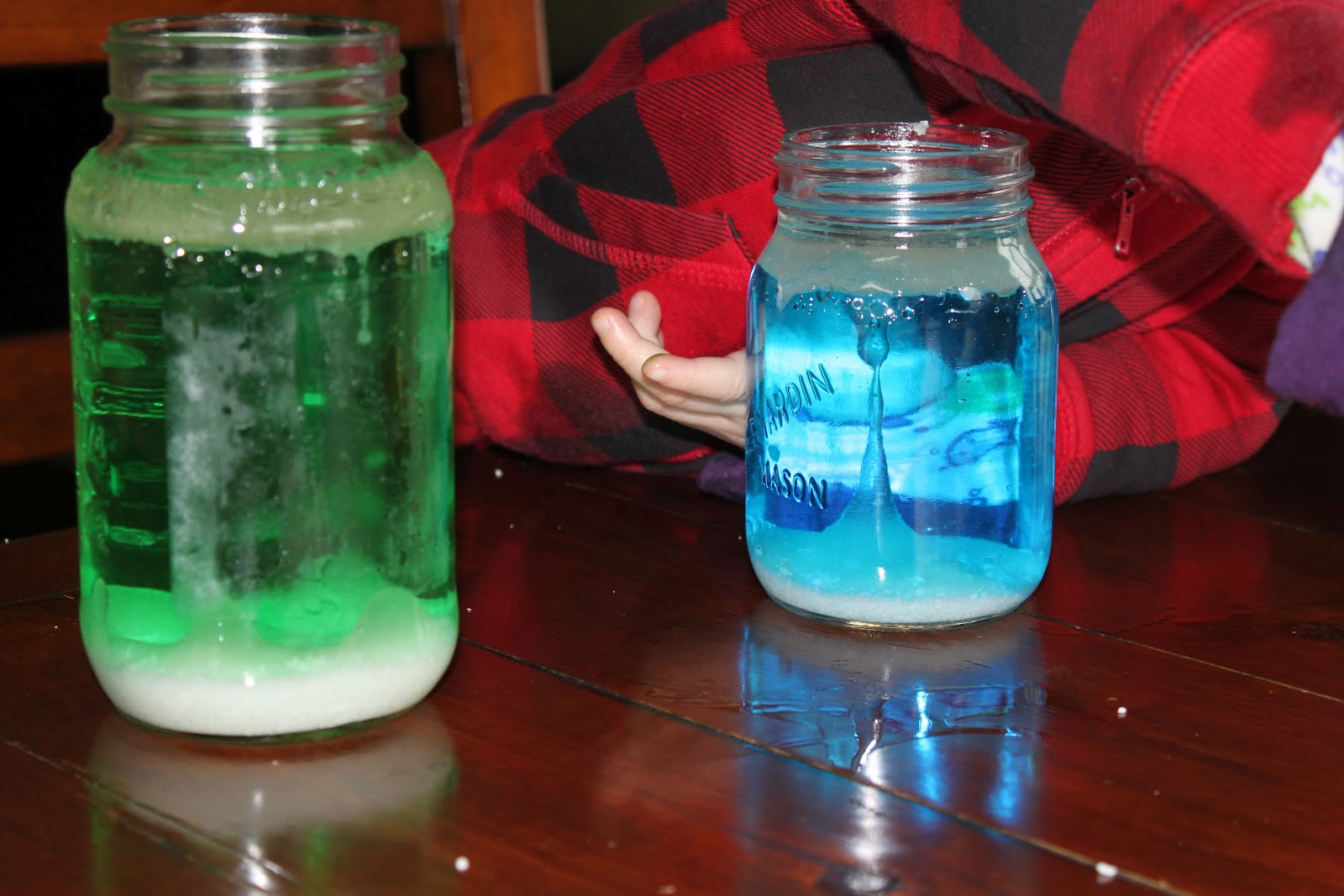 The Beauty Of Your Own Homemade Lava Lamp With Salt