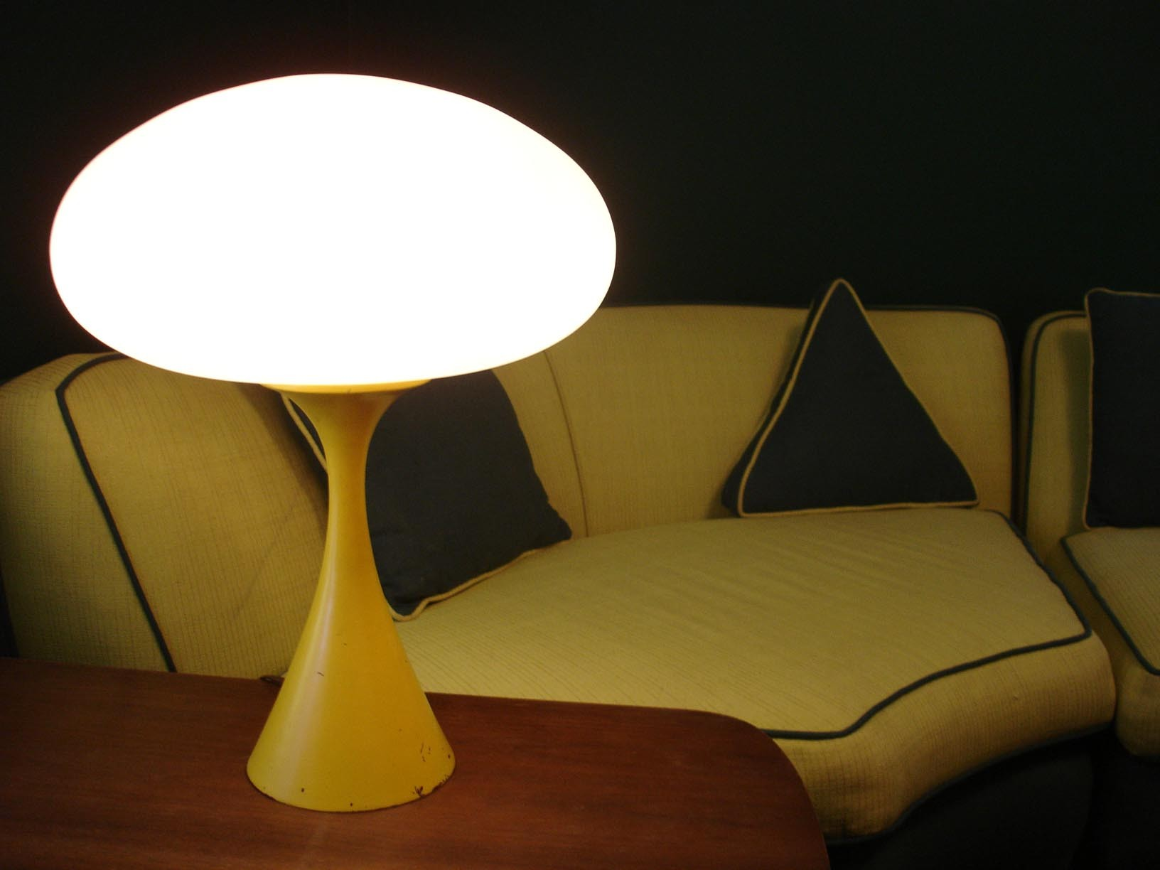 Laurel lamps 10 tips for choosing warisan lighting one table light has a base formed like the st louis gateway arch and holds the mushroom shade or a modified teardrop or acorn shade mozeypictures Choice Image