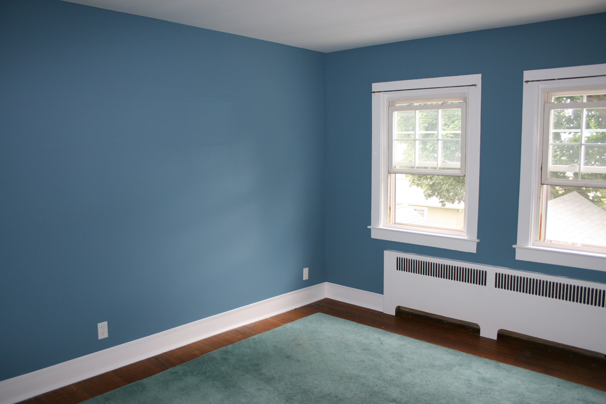 10 benefits of light blue wall paint colors warisan lighting for Best color to paint walls when selling a house