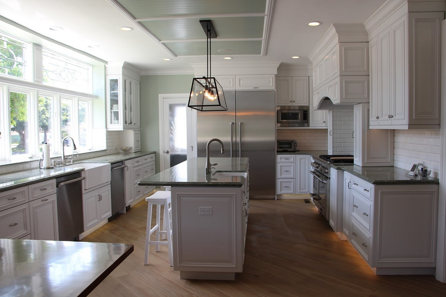 Light Gray Kitchen Walls light up your kitchen and add decor using light gray kitchen walls