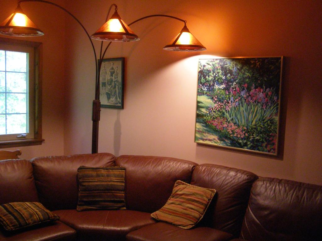 10 methods to make your intrerior gorgeous with living for Floor lamps for living room