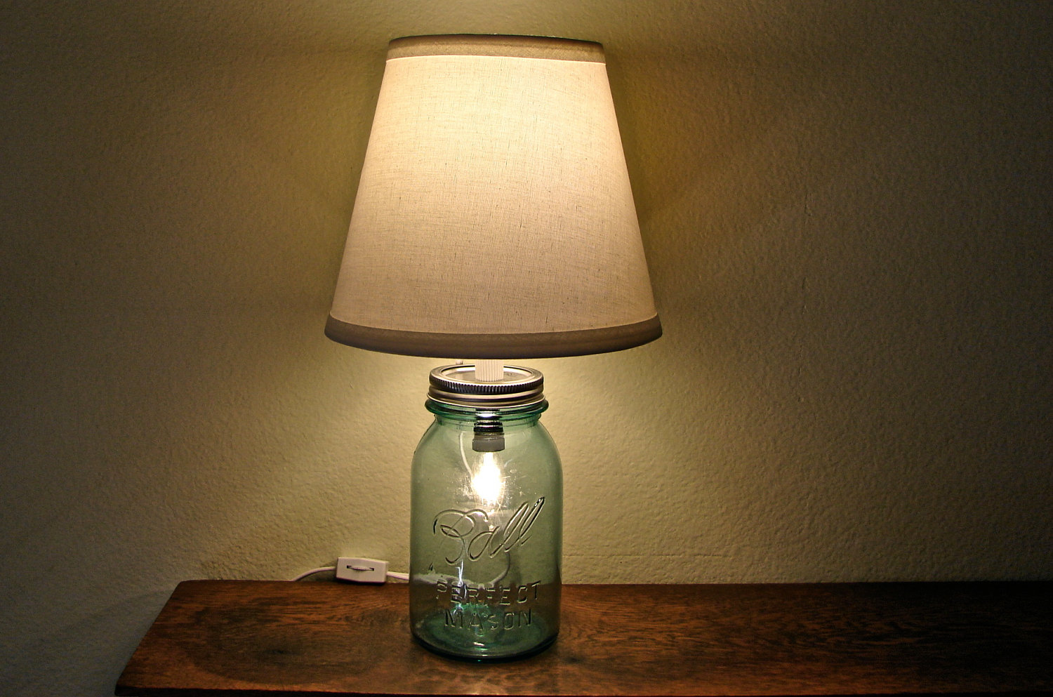 How To Make Mason Jar Lights Use Mason Jar Lamps To Add Rustic Charm To Your Home Warisan