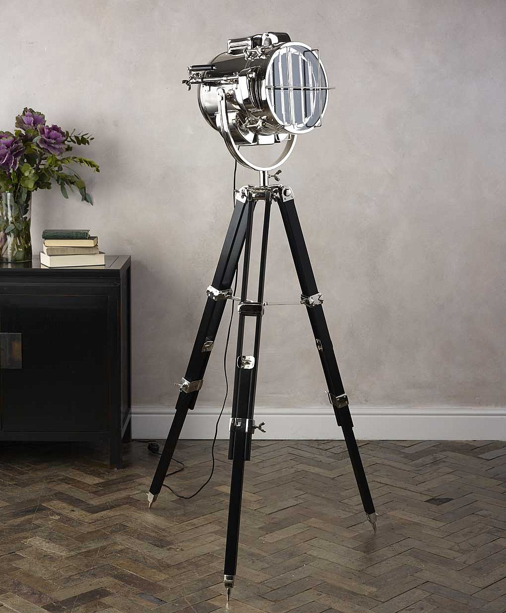 top 10 modern tripod floor lamps for 2018 warisan lighting. Black Bedroom Furniture Sets. Home Design Ideas