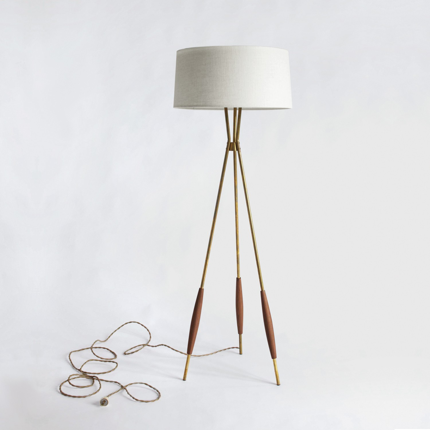 TOP 10 Modern tripod floor lamps for 2017 | Warisan Lighting