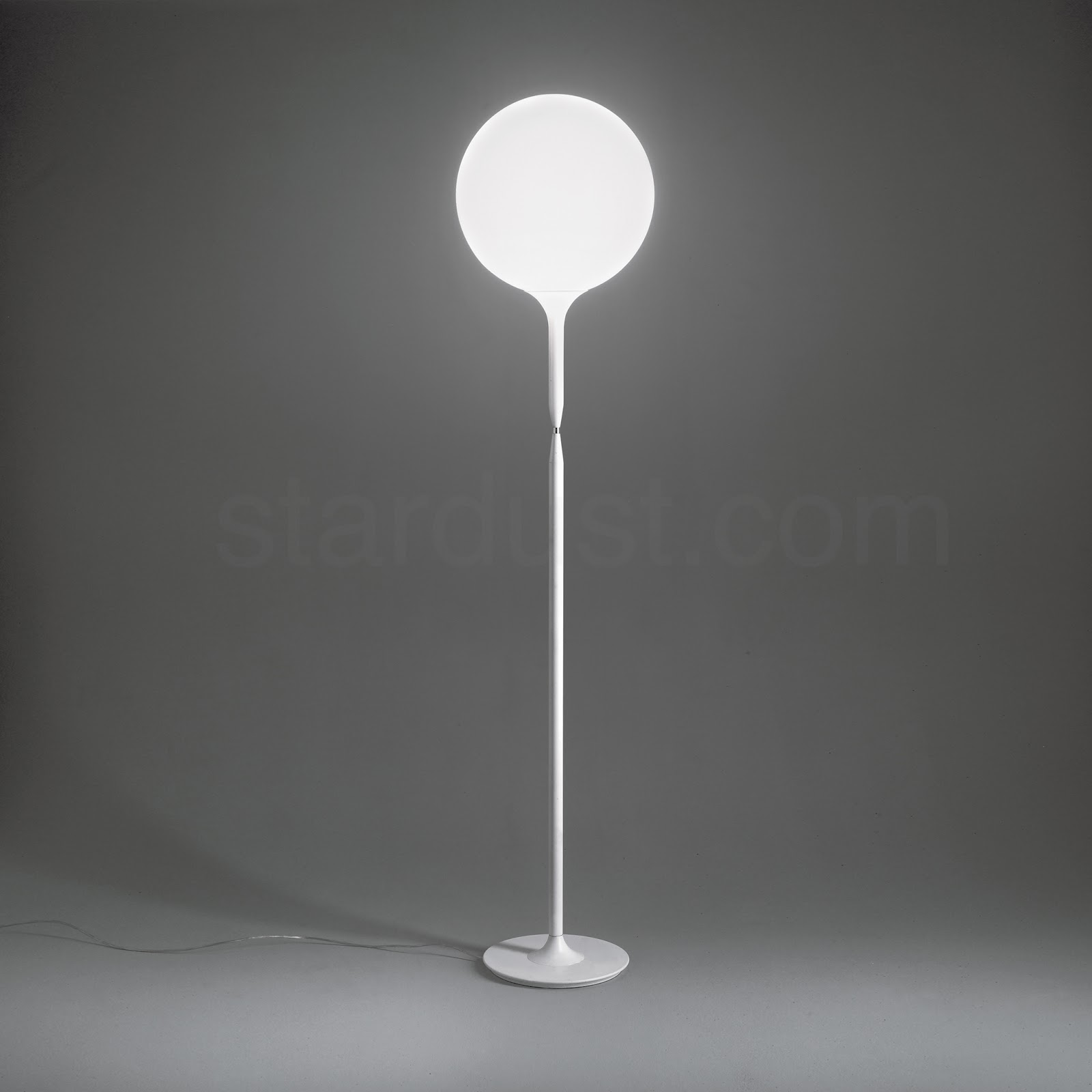 Brighten up your space with modern white floor lamps for Modern contemporary floor lamp