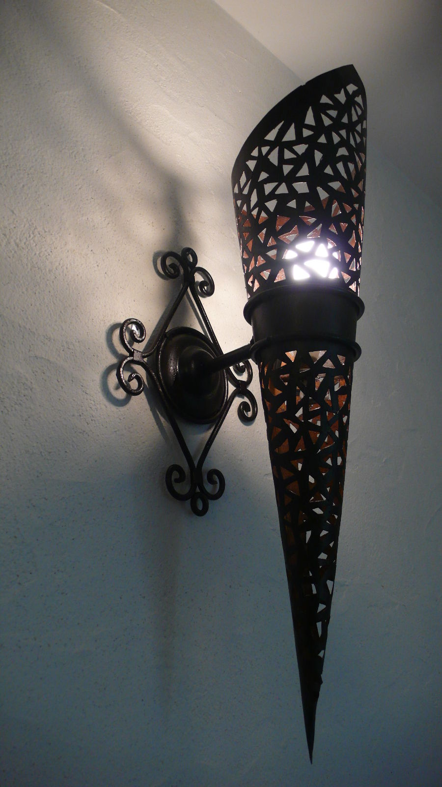 Moroccan wall lights 10 ways to get an indication of culture and moroccan wall lights 10 ways to get an indication of culture and magnificence to your home aloadofball Choice Image