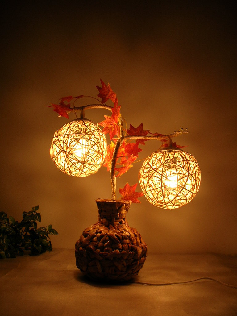 Create An Elegant Decor With Novelty Wall Lights Warisan