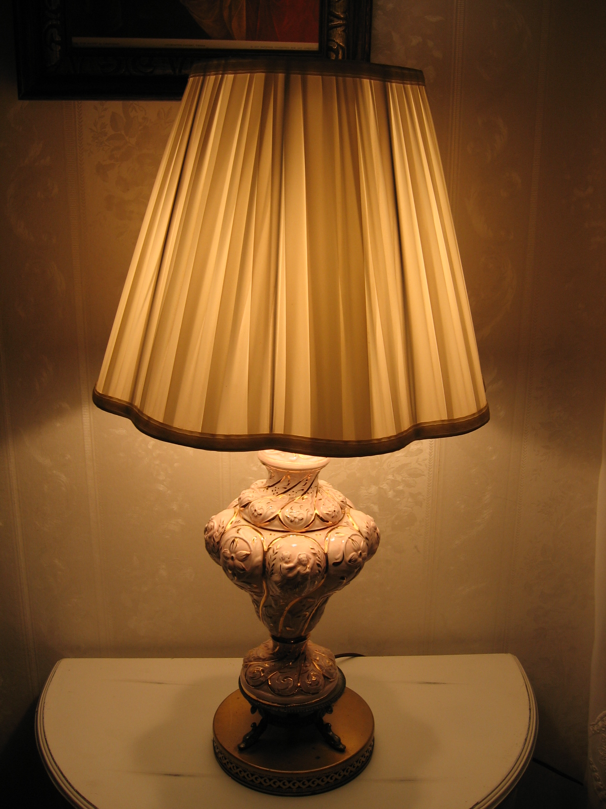Top 10 Old Antique Lamps 2020 Warisan