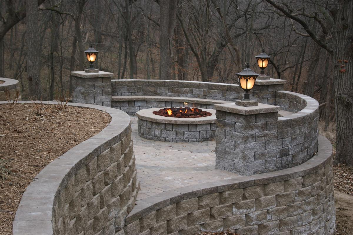 Patio wall lights - 10 ideal ways to light up your home Warisan Lighting