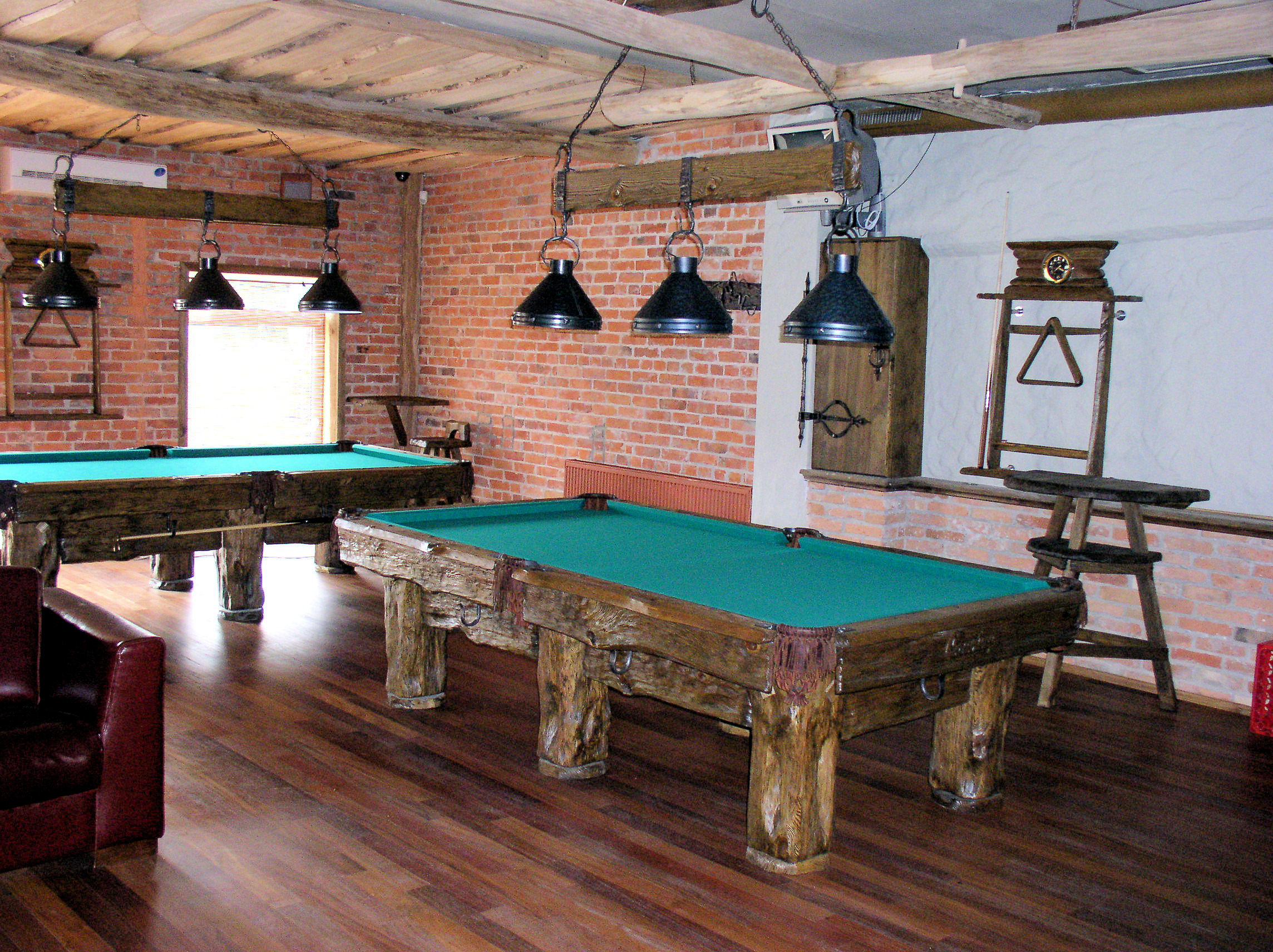 10 Things To Consider Before Installing Pool Table Ceiling