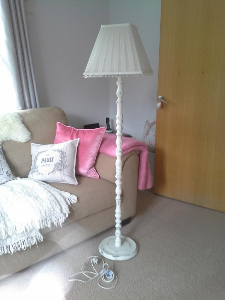 10 Perfect Places To Use Shabby Chic Floor Lamps In A Home ...