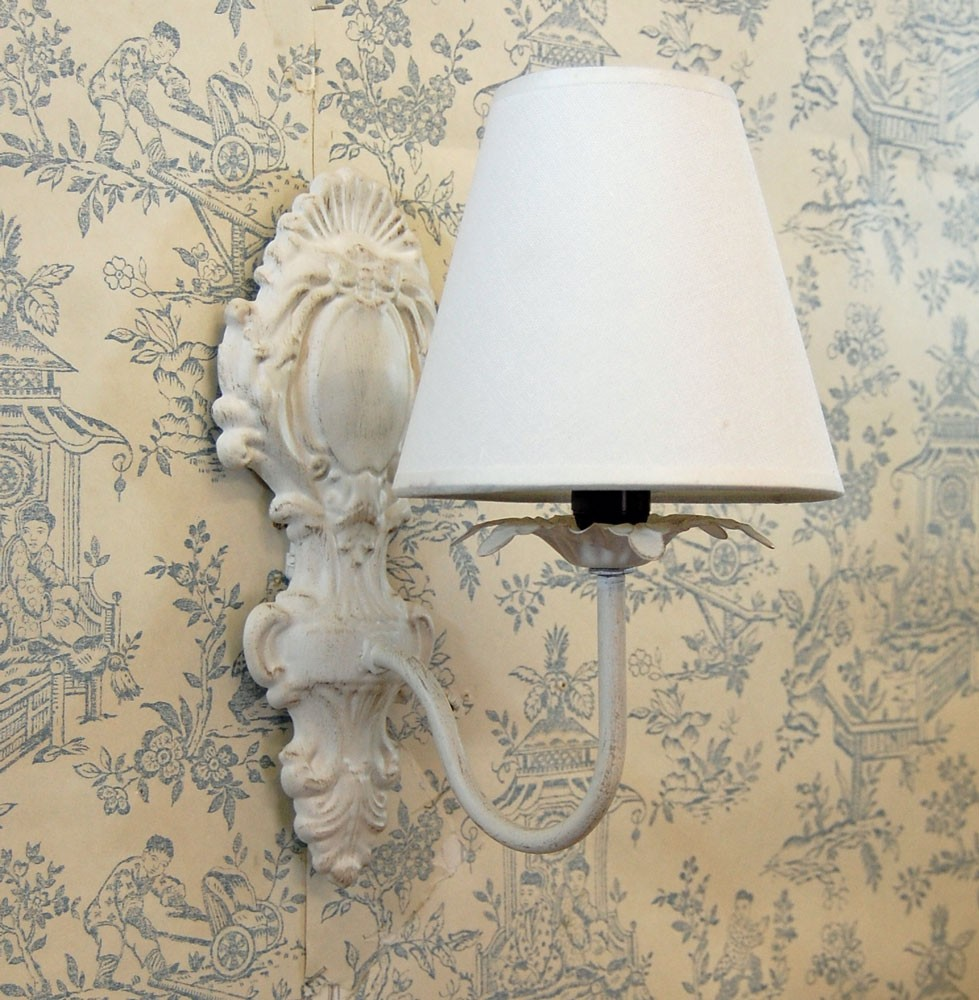 shabby chic wall lights 10 ways to use sconce lighting to improve your shabby chic decor. Black Bedroom Furniture Sets. Home Design Ideas