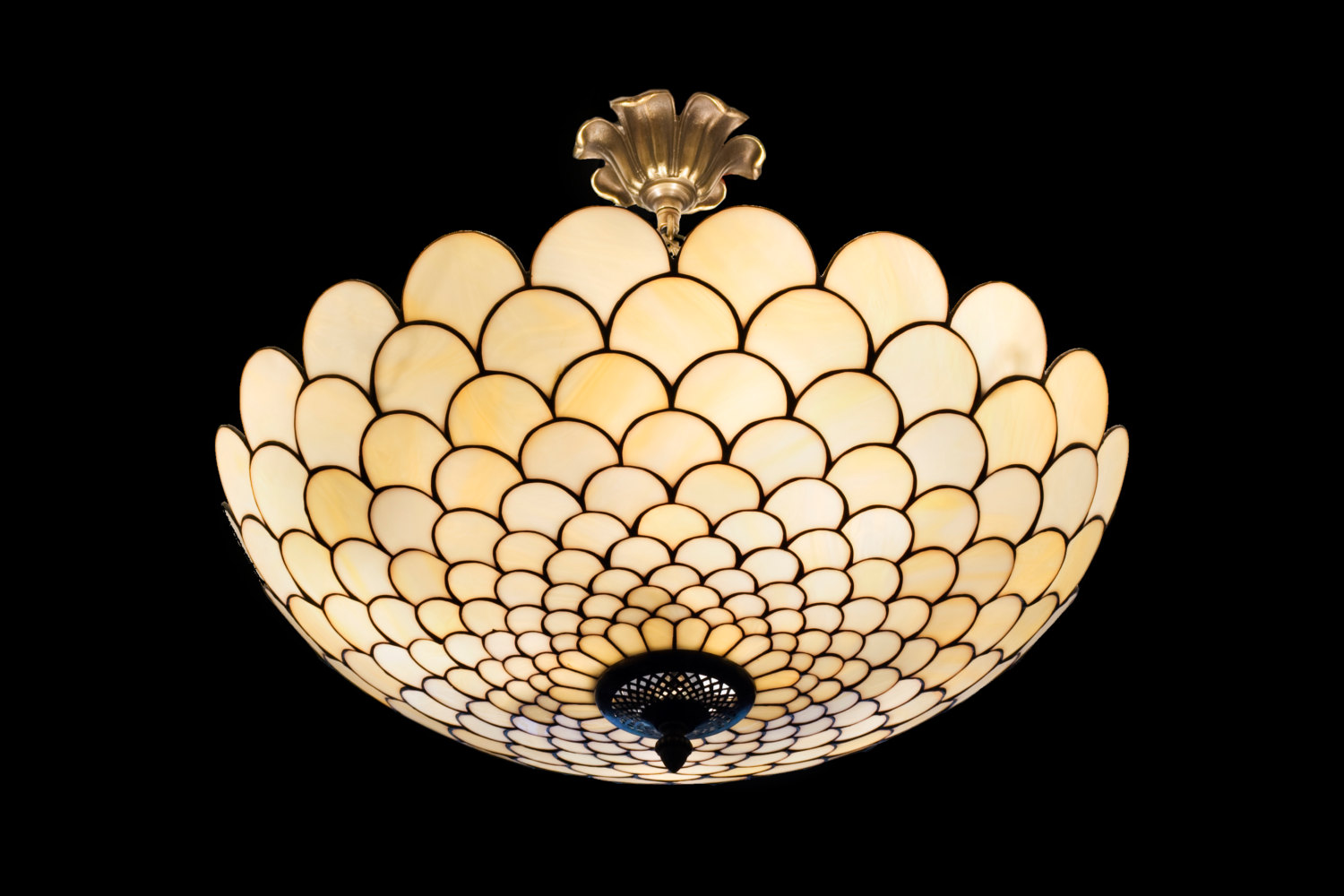Stained glass lighting fixtures light fixtures decorate your home with stained glass lights ceiling warisan arubaitofo Gallery