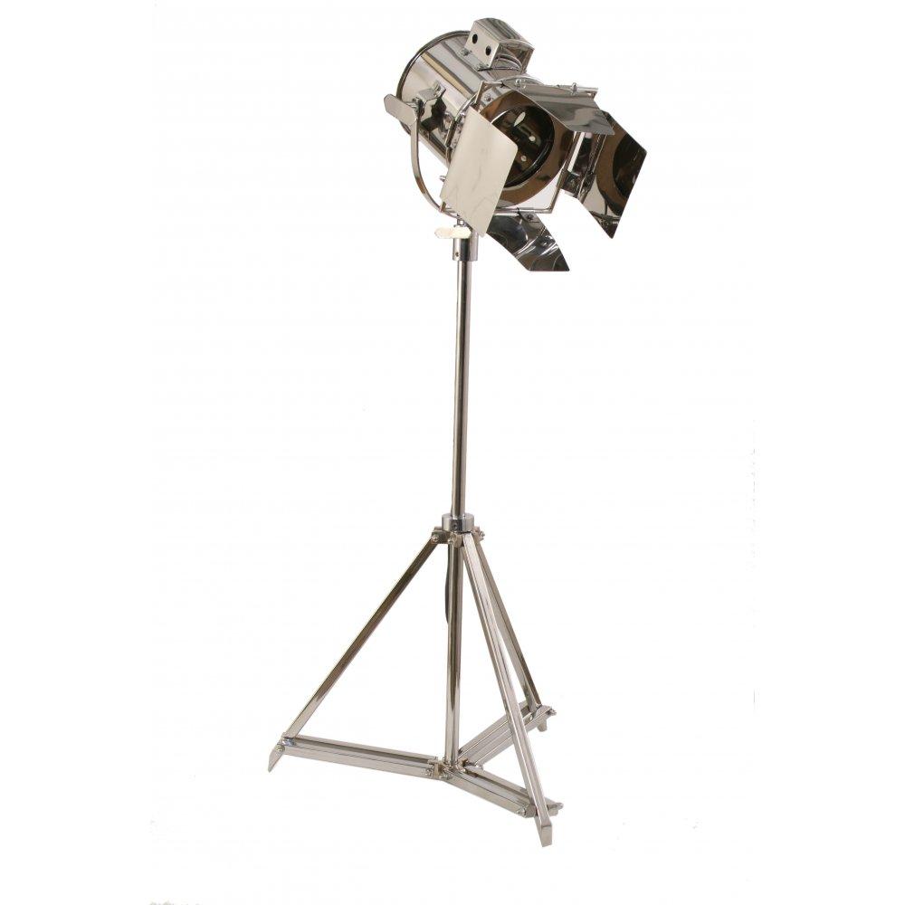 10 Advantages of studio floor lamps | Warisan Lighting