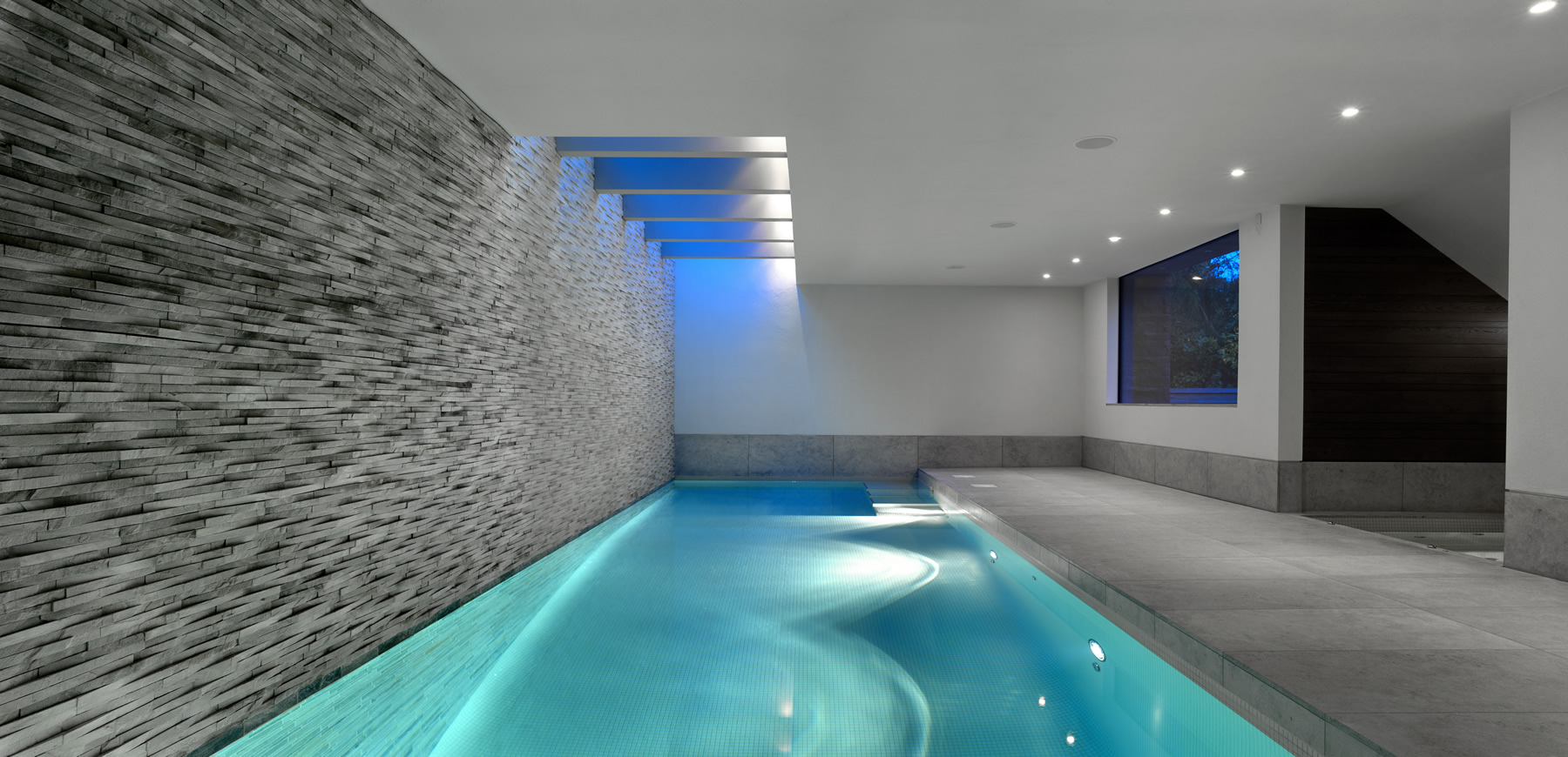 Accentuate The Brilliance Of Swimming Pool Wall Lights Warisan Lighting