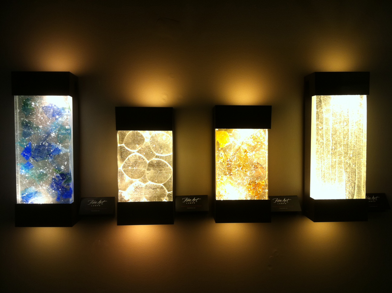 Led Wall Lights Bulbs : Wall art with led lights - the art of the future Warisan Lighting