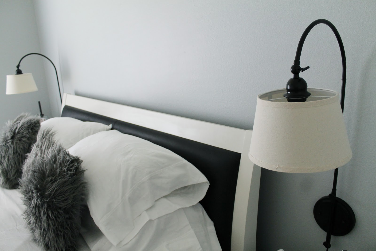 Advantages Of Using Wall Mounted Bedside Lamps Warisan Lighting