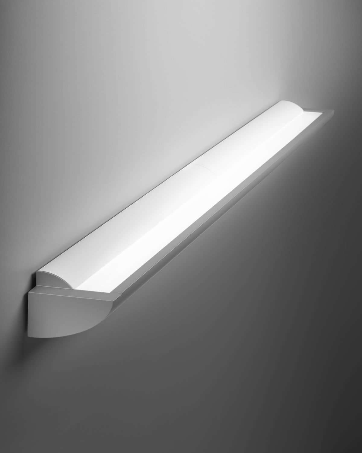 Wall Mounted Cfl Fixture : Timeless Wall mounted fluorescent light fixtures Warisan Lighting