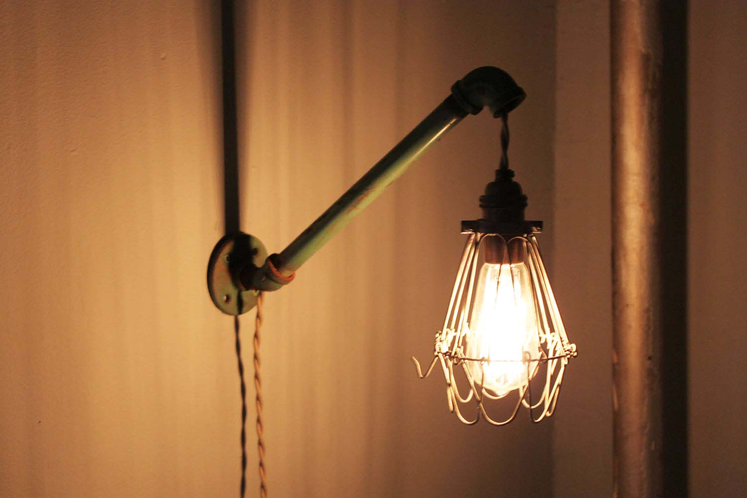 Charmant Wall Mounted Lamps With Plug U2013 10 Different Sorts Of Lighting Fixtures That  You Must Install