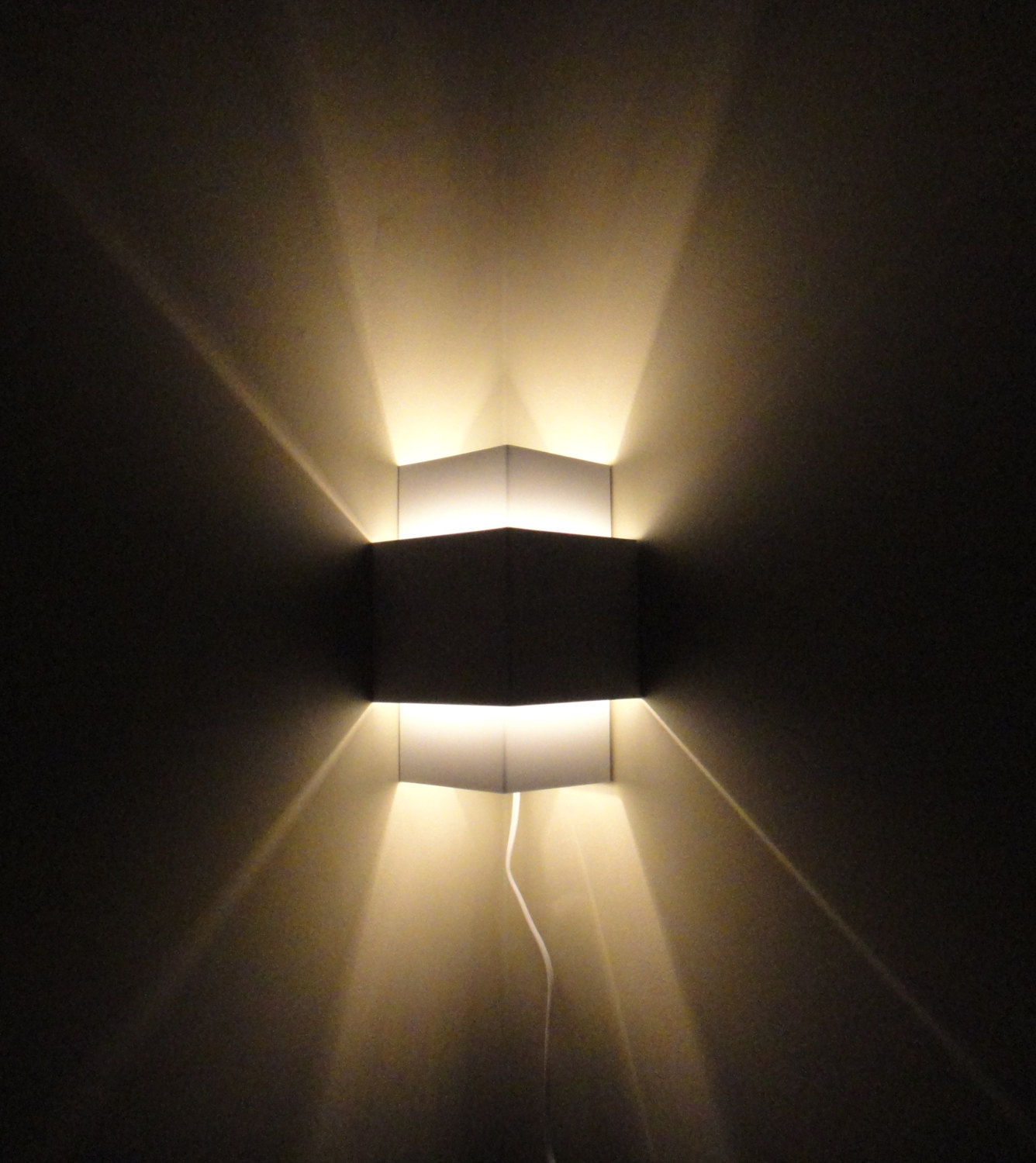 Photos Of Wall Lights : Spruce Up Your Rooms with The Wall Wash Light Warisan Lighting