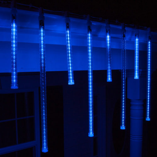 blue-icicle-lights-outdoor-photo-12