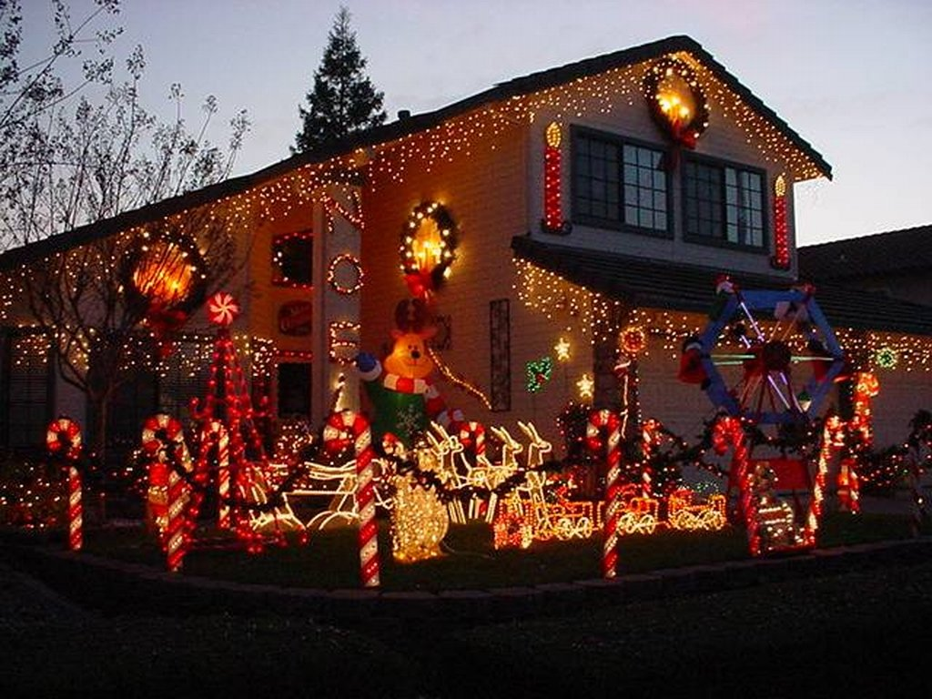 candy-cane-outdoor-lights-photo-10