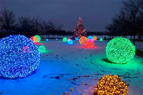 christmas-light-spheres-outdoor-photo-12