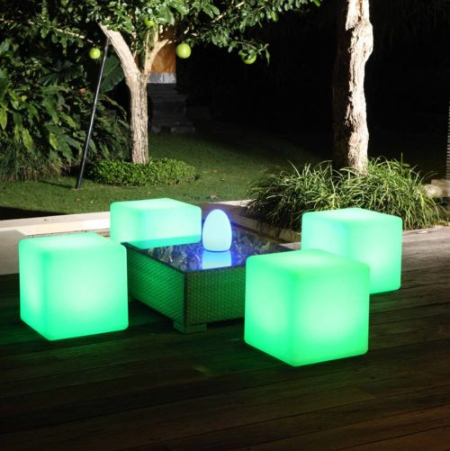 colour-changing-outdoor-lights-photo-7