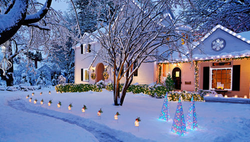 easy-outdoor-christmas-lights-photo-11