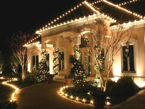 garland-christmas-lights-outdoor-photo-10