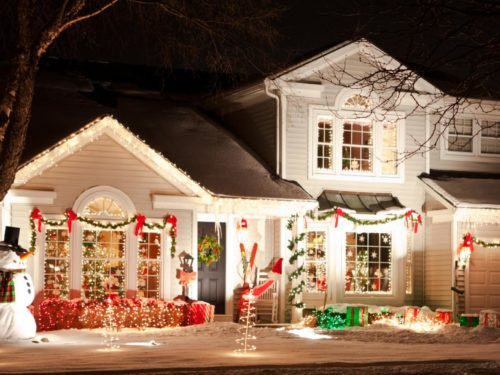 garland-christmas-lights-outdoor-photo-4
