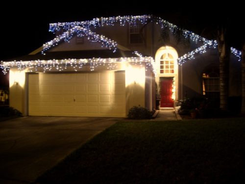 garland-christmas-lights-outdoor-photo-7