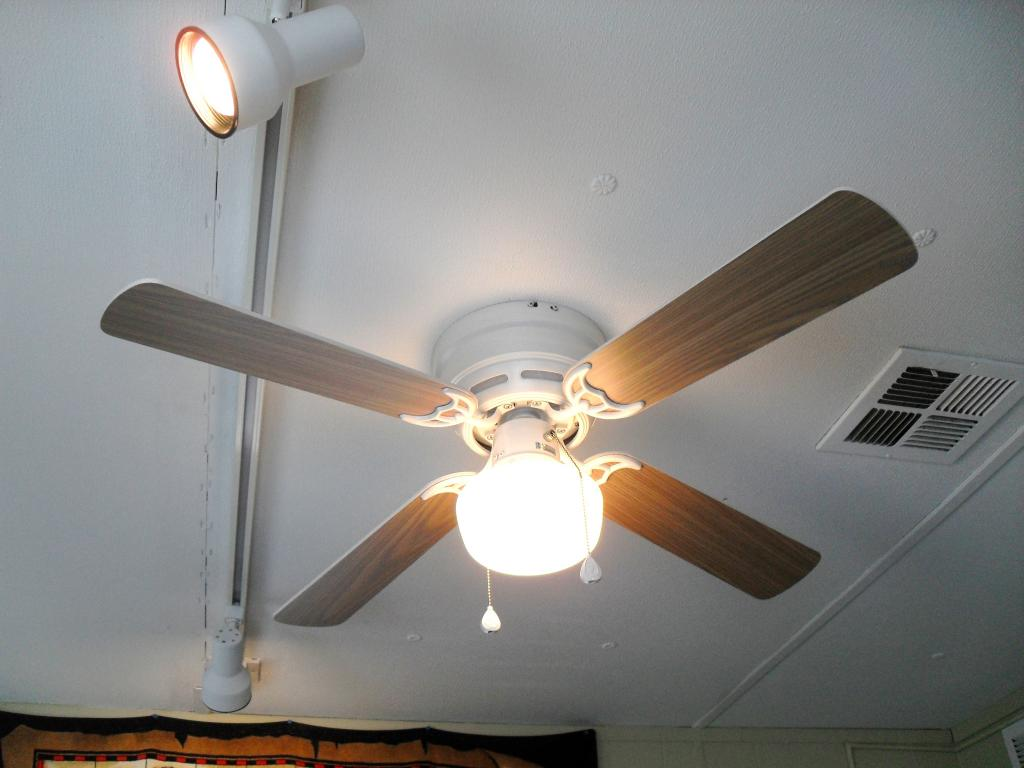 Harbor Breeze Armitage Ceiling Fan Top 12 Models Of 2019