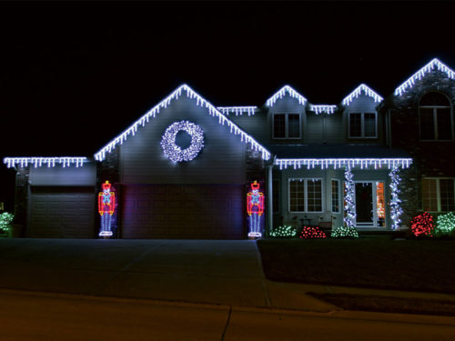 professional-outdoor-christmas-lights-photo-12