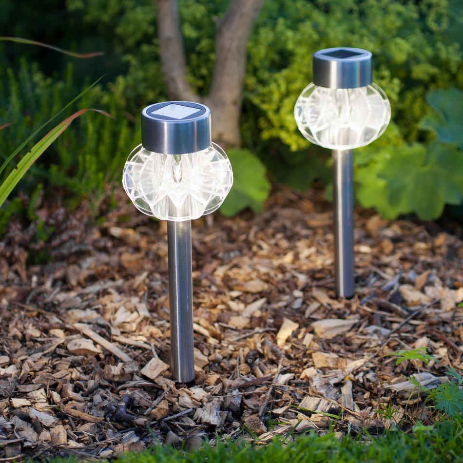 Solar Landscape Lights Outdoor: 10 Ways To Shine Through The
