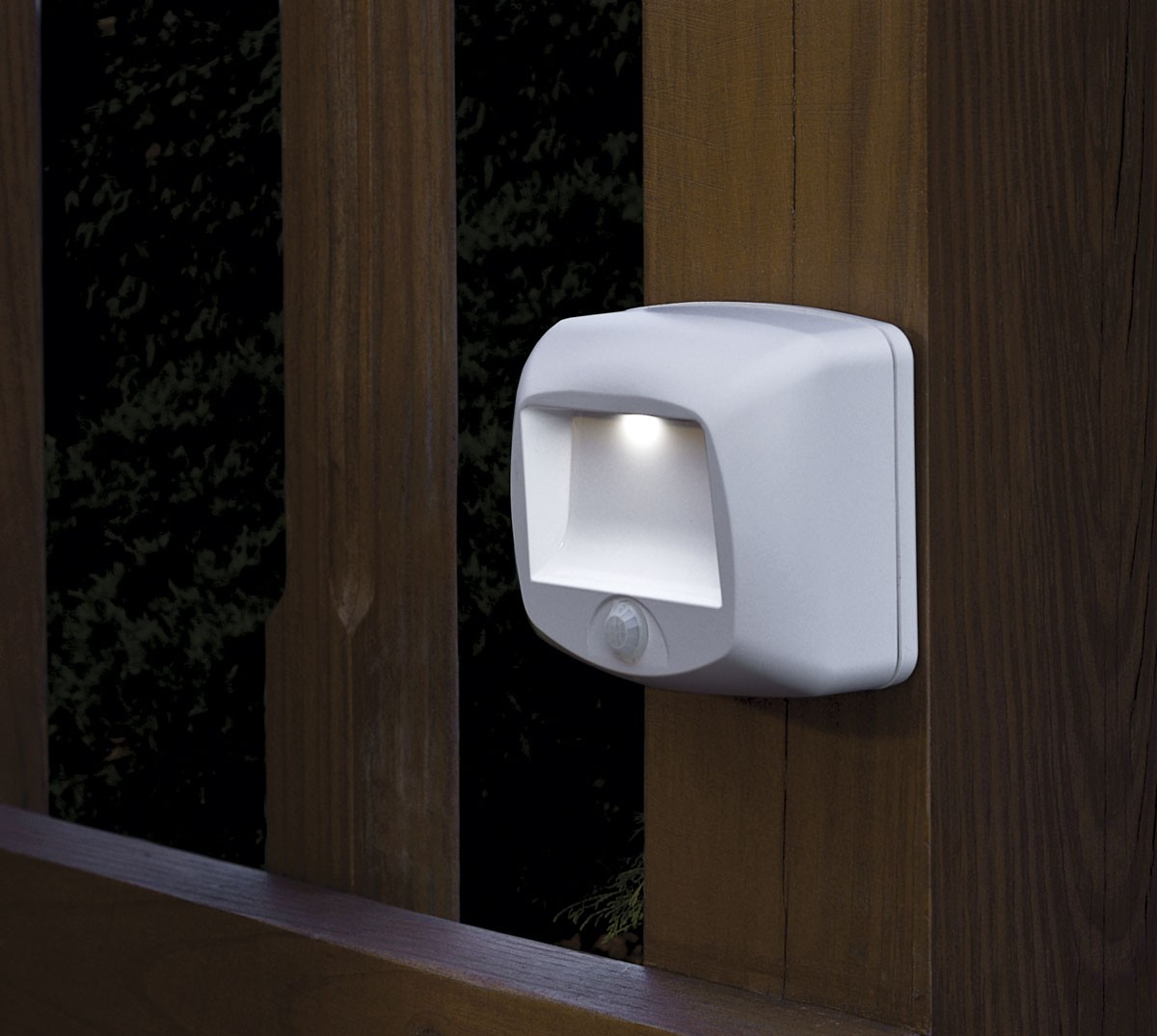 Battery Outdoor Light – A necessity for any backyard or
