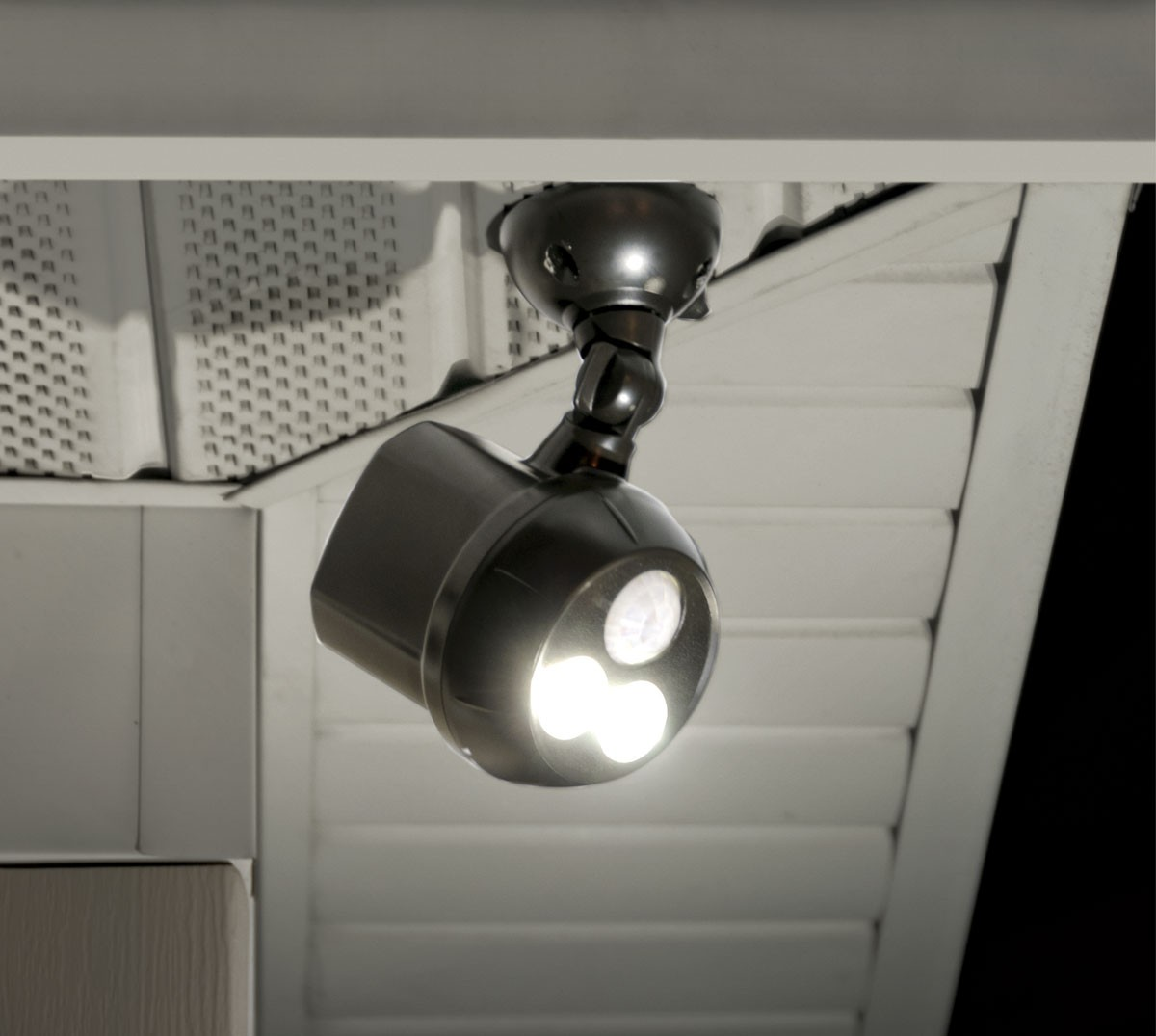 Why Are Battery Ed Outdoor Lights