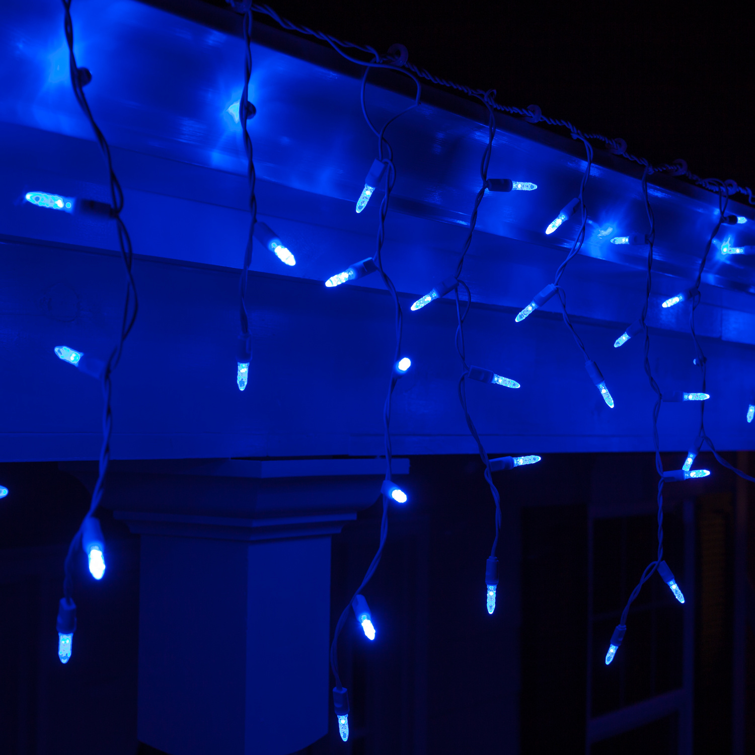 impressive look of blue and white outdoor christmas lights - Best Led Christmas Lights