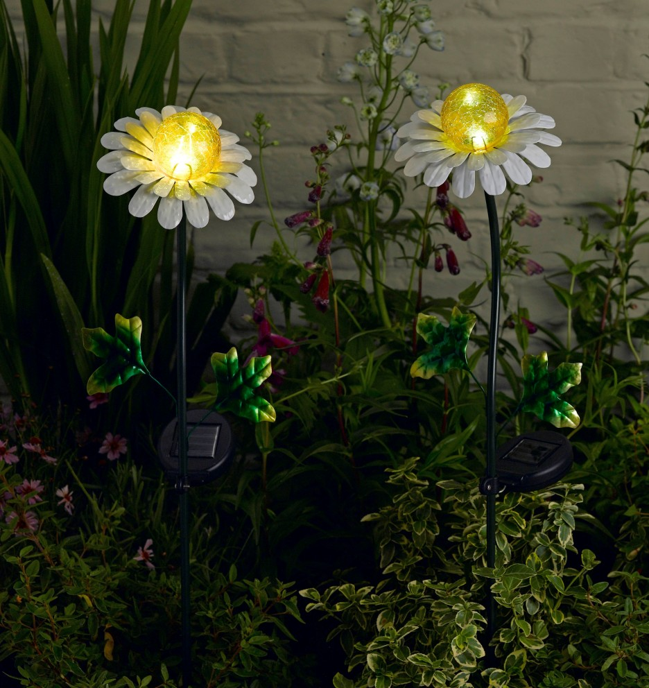 Decorative outdoor solar lights 10 reasons to install for Garden lights