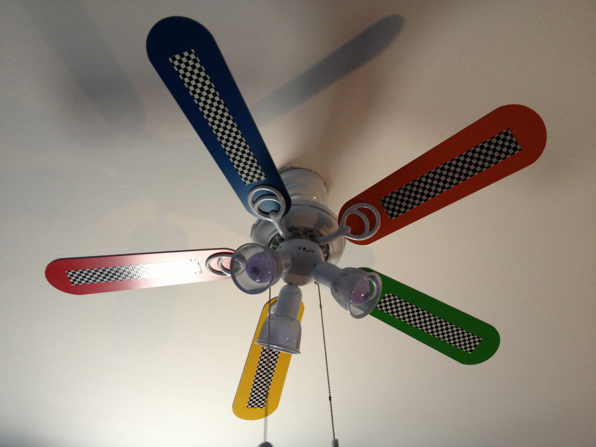 Cars Ceiling Fan : Disney cars ceiling fan things to know before buying
