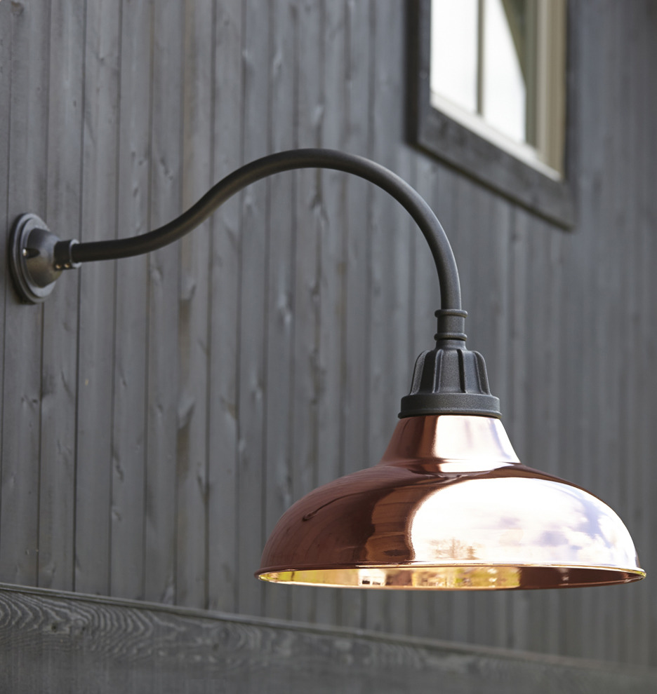 Barn Light Pole: Gooseneck Outdoor Barn Light