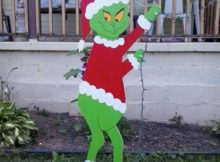 Grinch christmas lights outdoor Photo - 1