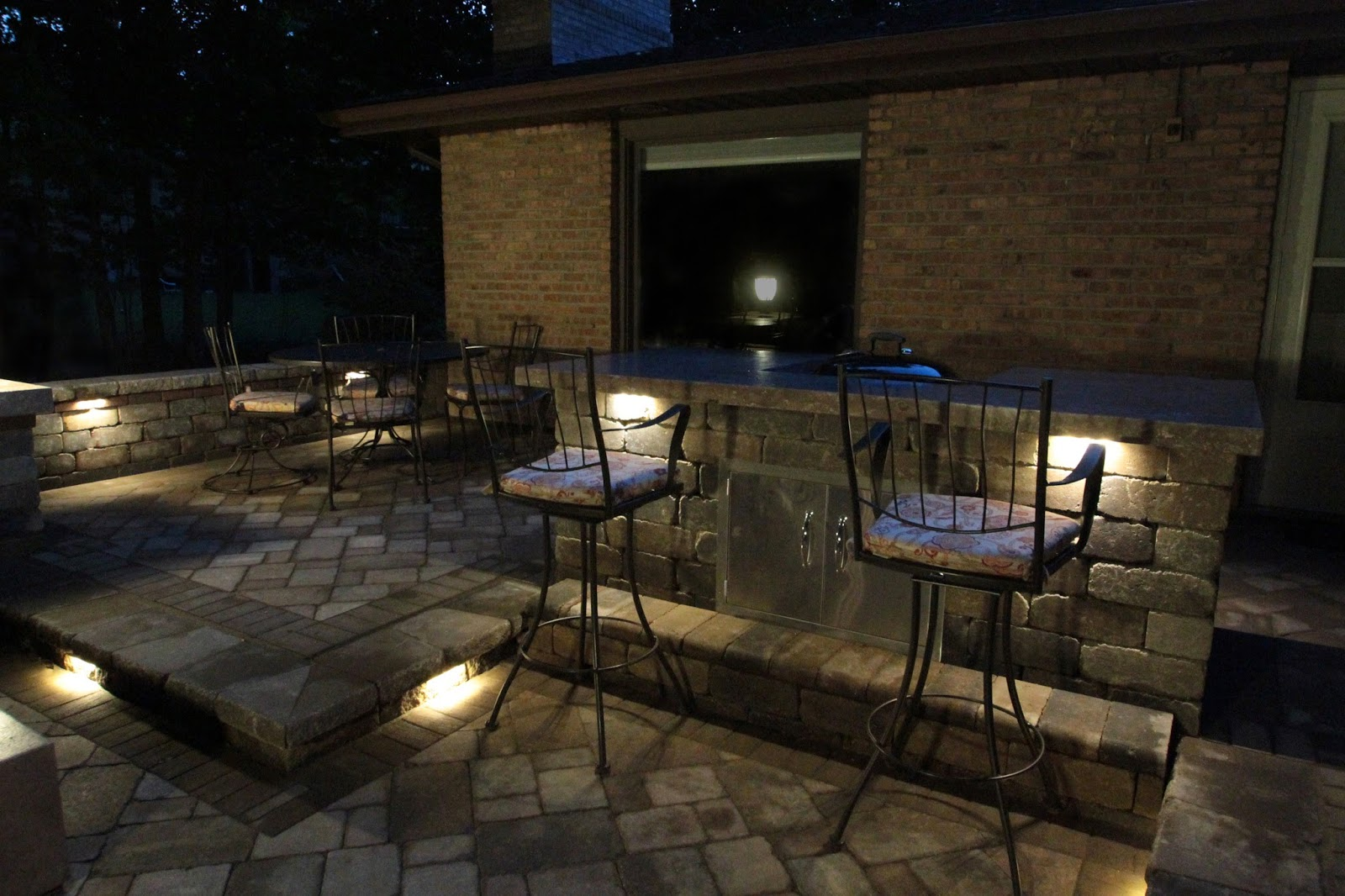 10 facts to know about low voltage outdoor led lights for Low voltage led patio lights