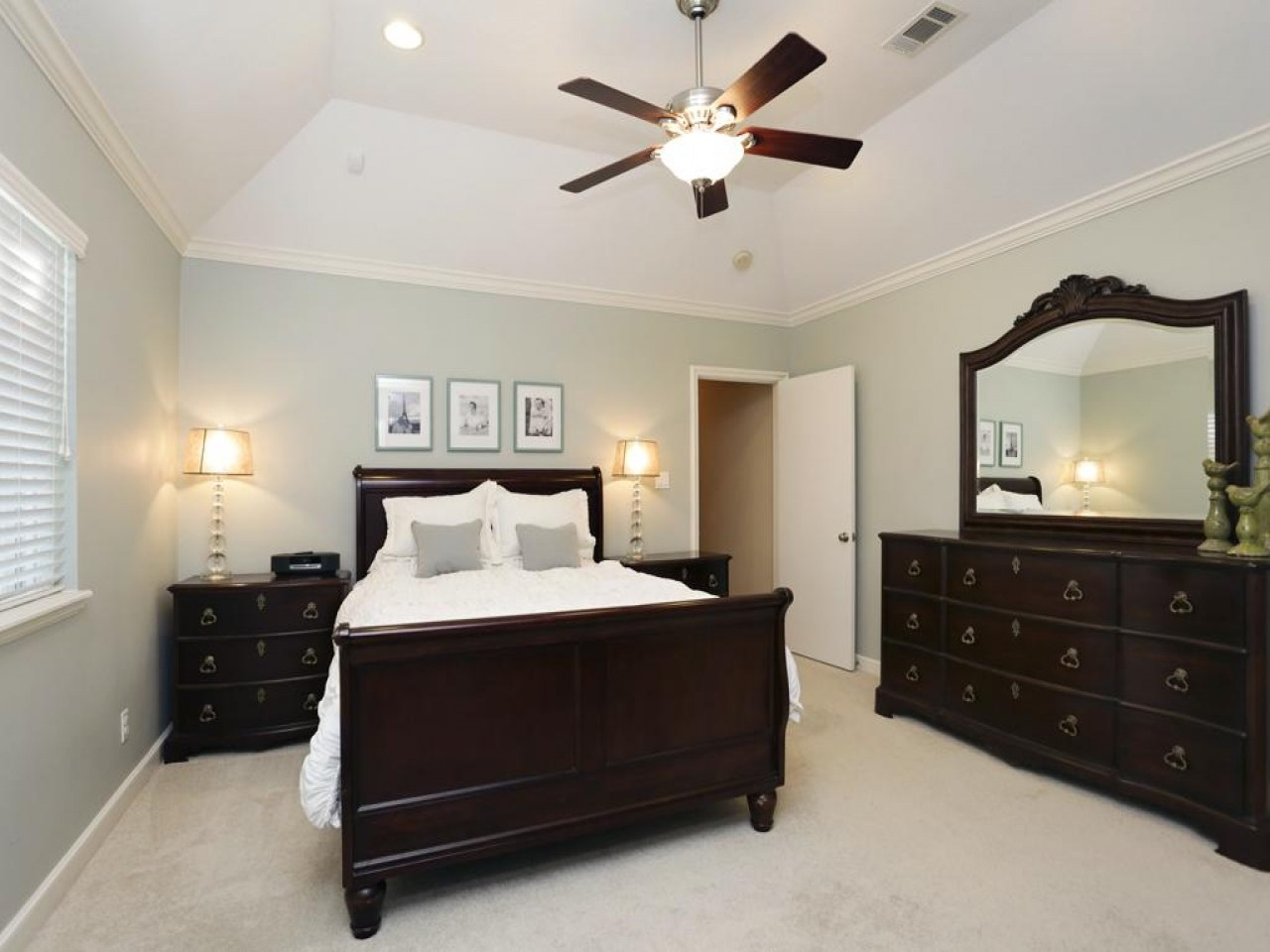 Master bedroom ceiling fans 25 methods to save your for Master bedroom ceiling designs