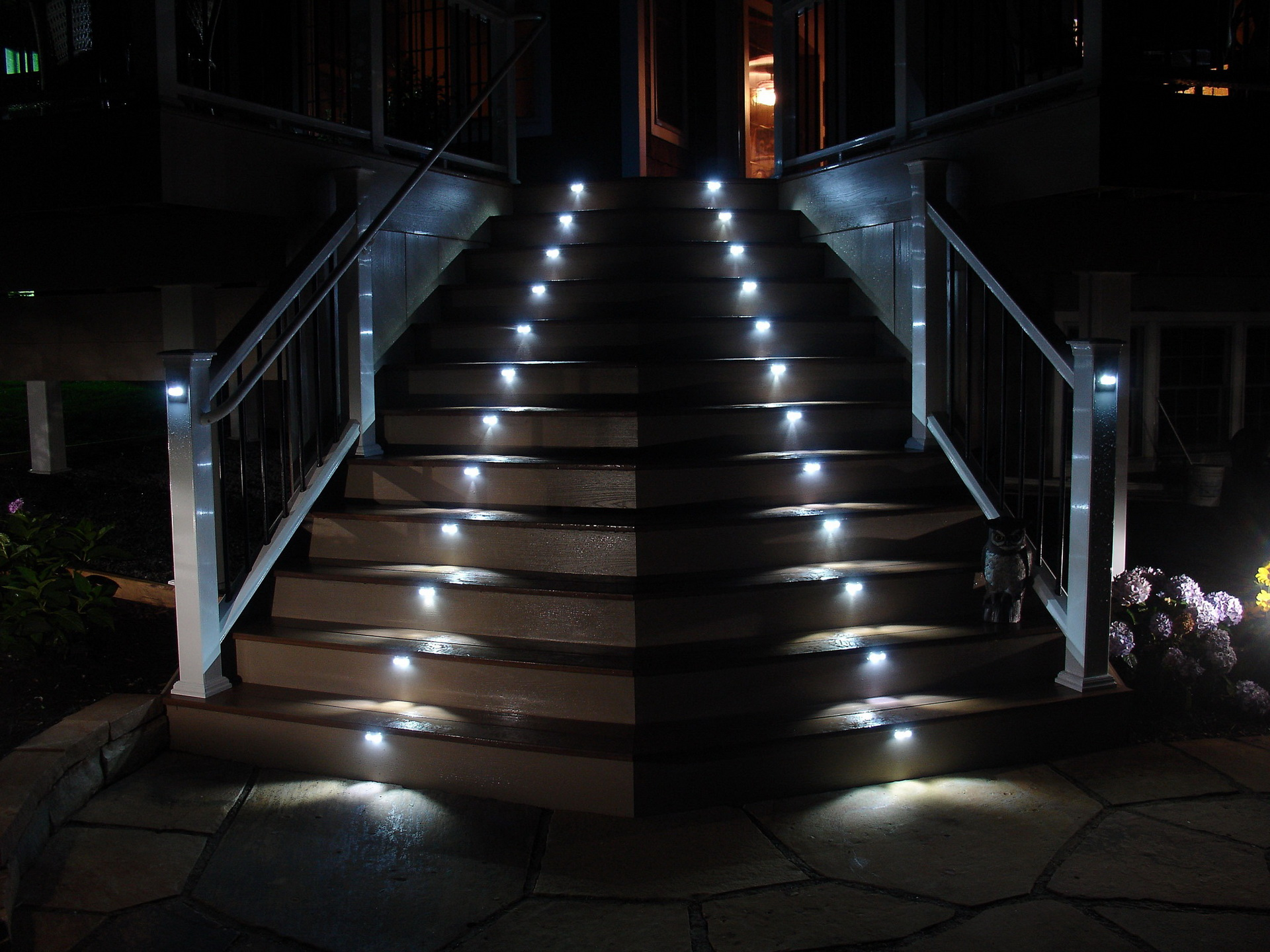 25 benefits pf Stair lights outdoor