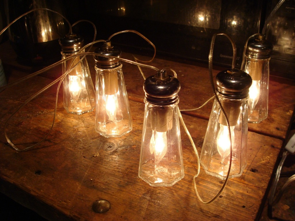 Vintage Outdoor Lights Give A Perfect Look And Merge
