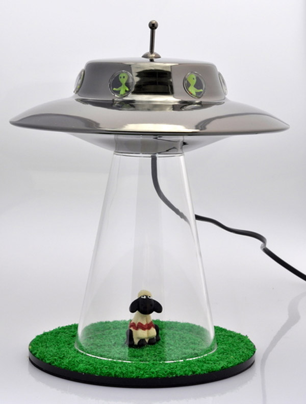 alien abduction lamp photo - 1